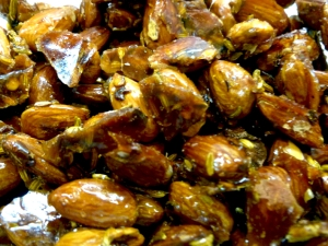 almonds1R2