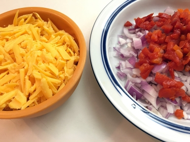Simple ingredients: Cheese, onion and pimento.
